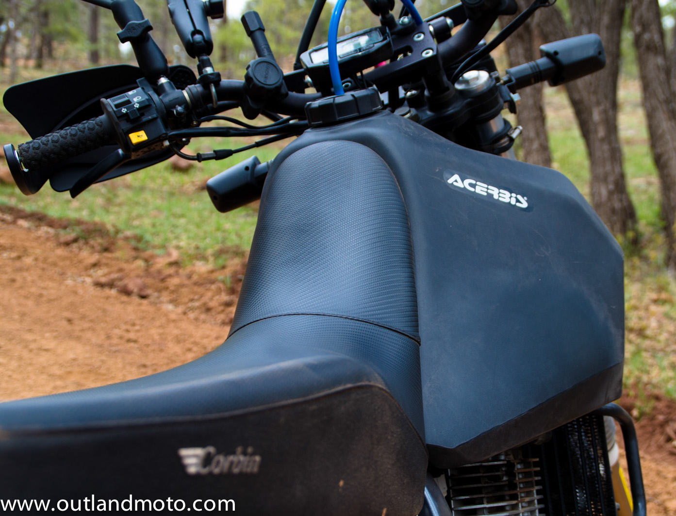 outland moto adventure on a budget suzuki dr650se
